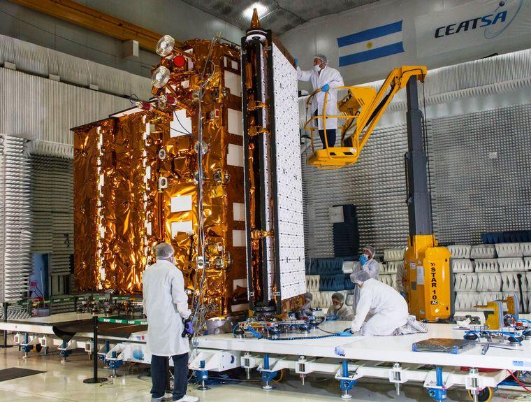 FOTO: El satélite fue probado en forma exitosa en San Carlos de Bariloche.