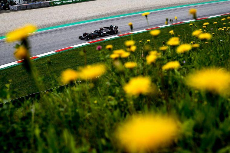 FOTO: Hamilton se ha quedado con todo en las prácticas del GP de Austria