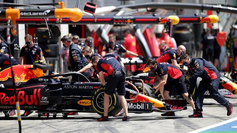 FOTO: Bottas dio la sorpresa y batió a Hamilton clasificando