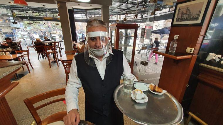 """FOTO: Alberione: """"Hubo cero contagios en los establecimientos gastronómicos"""""""