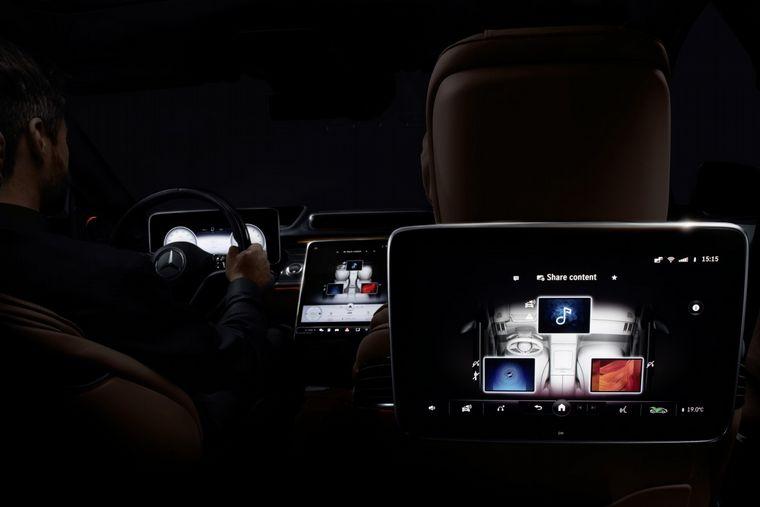 FOTO: En el lujoso sedán, los pasajeros son lo más importante