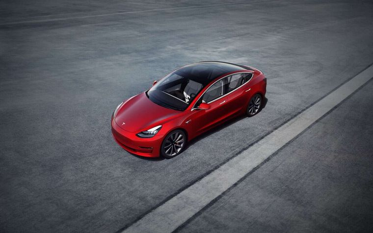 FOTO: Tesla Model 3  es un automóvil eléctrico sedán de cinco plazas