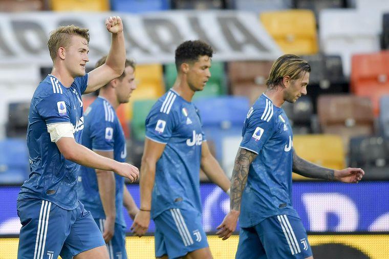 FOTO: Dybala, cabizbajo tras la derrota de Juventus.