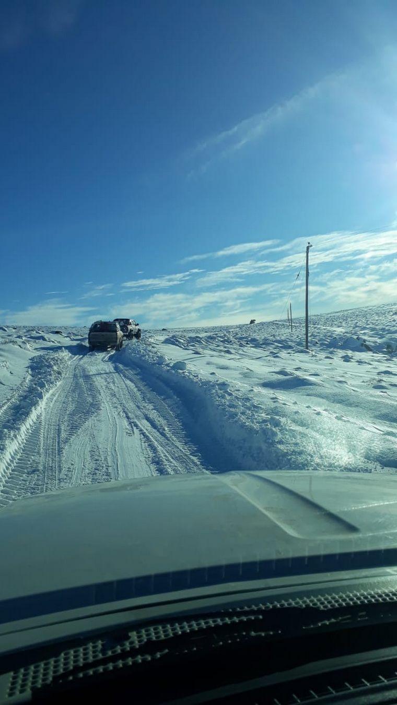 AUDIO: Un pueblo de Río Negro permanece aislado por la nieve