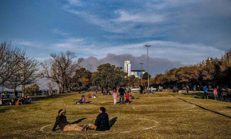 FOTO: Volvió el humo a Rosario.