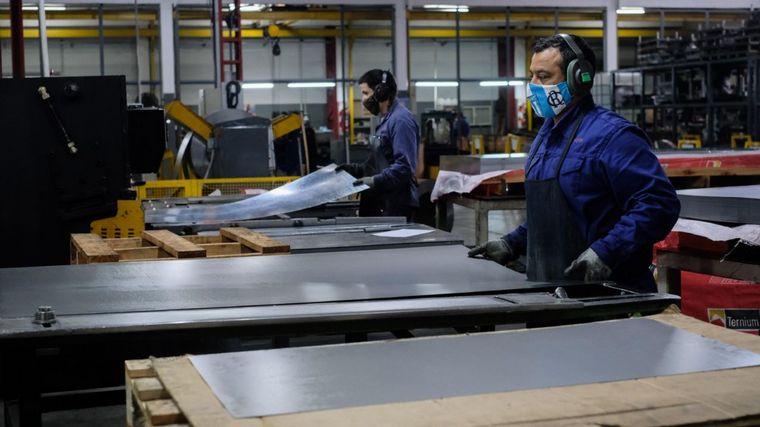 FOTO: El ministro de la Producción anunció líneas de financiamiento.