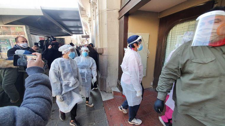 AUDIO: Hisopan a abuelos de un geriátrico del centro de Córdoba