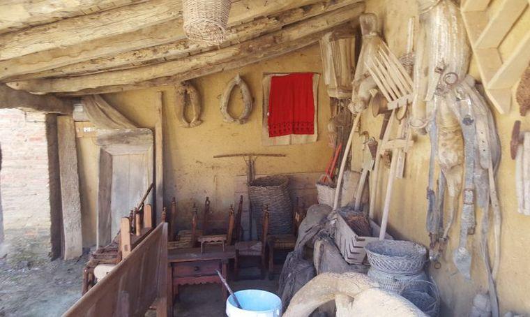 FOTO: Habitación de la casa de la familia de San Martín en España.