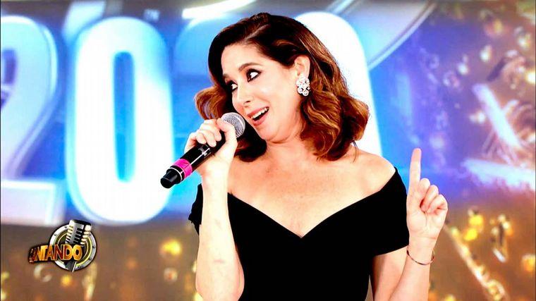 FOTO: Buen debut de Laura Novoa en el Cantando 2020.