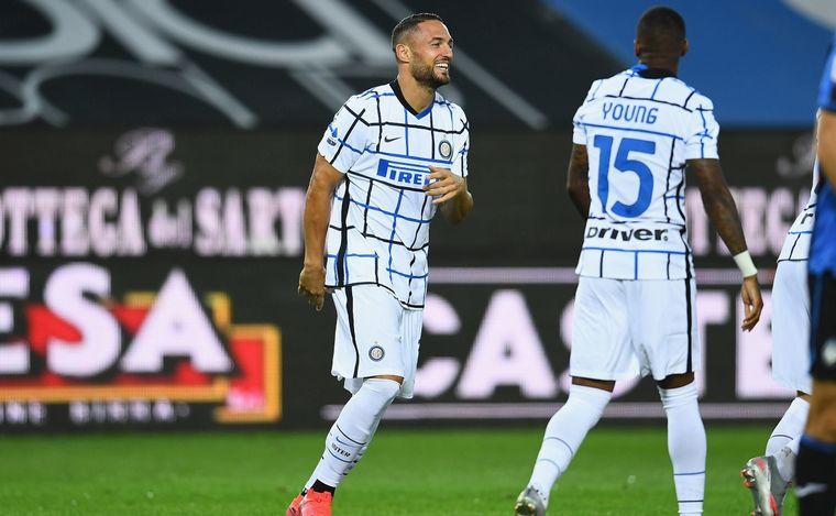 FOTO: Inter le ganó a Atalanta y quedó como escolta de Juventus.
