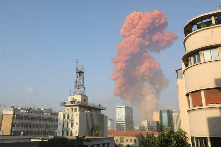 FOTO: Impresionante explosión de puerto de Beirut.
