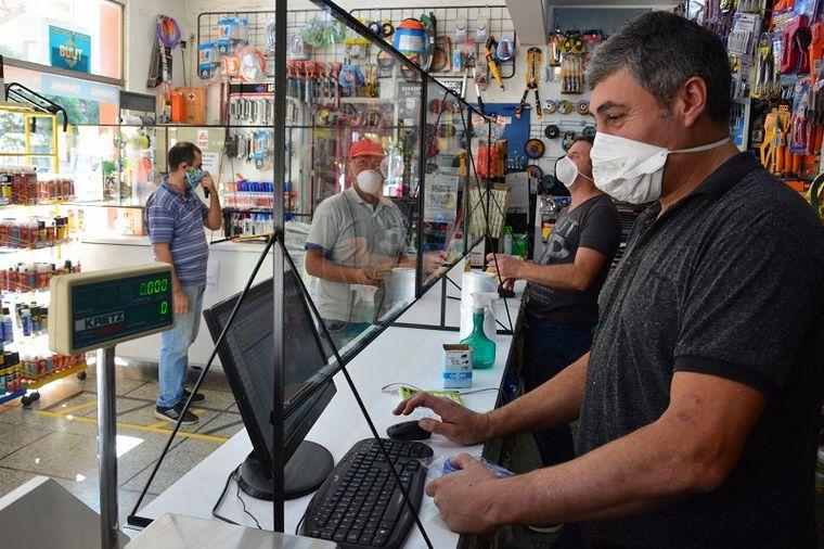 FOTO: La vuelta al trabajo tras tener Covid-19 sólo requiere del alta médica.