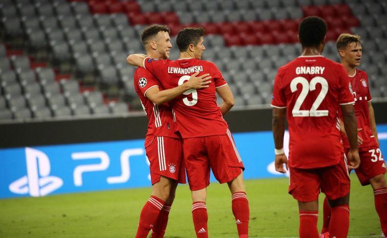FOTO: Bayern Munich ganó y enfrentará al Barcelona.