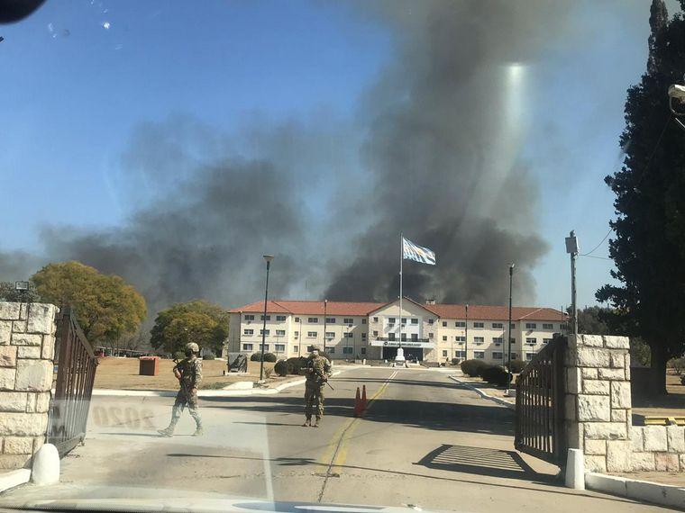 FOTO: Incendio en el campo militar de La Calera (Foto: Federación de Bomberos)