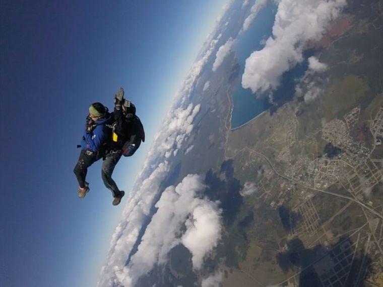 AUDIO: El sueño de volar con la montaña a los pies