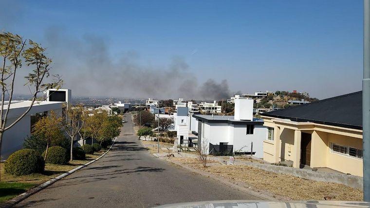 AUDIO: Se reactivaron las llamas en La Calera y el viento complica el trabajo de bomberos.