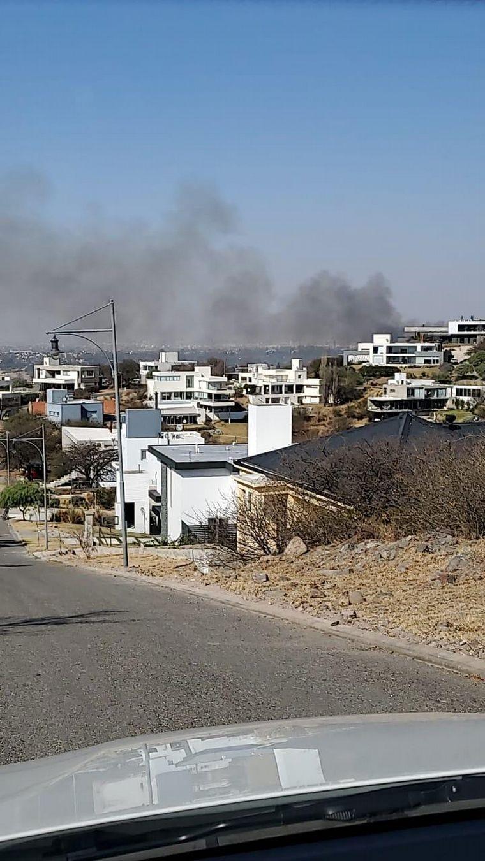 FOTO: Se reactivaron las llamas en La Calera.