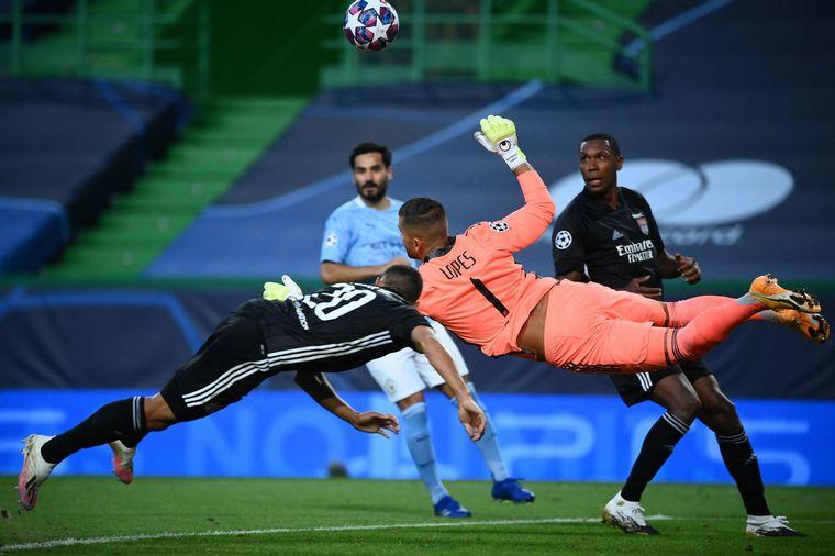 FOTO: Lyon eliminó al Manchester City y es semifinalista.