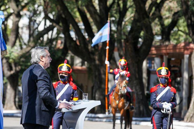 FOTO: Alberto Fernández encabezó el homenaje a San Martín.