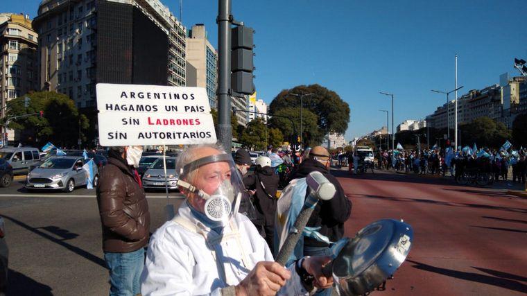 FOTO: Banderazo 17A en Oncativo
