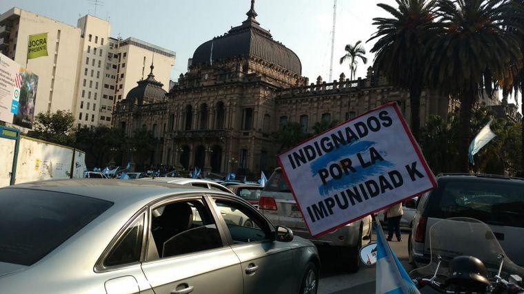 FOTO: Banderazo 17A en Tucumán