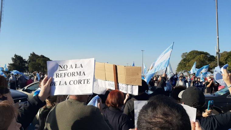 VIDEO: Banderazo por el 17A en Rosario