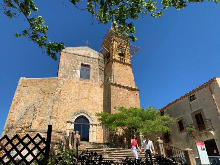 FOTO: Venden casas en Sicilia por dos euros.