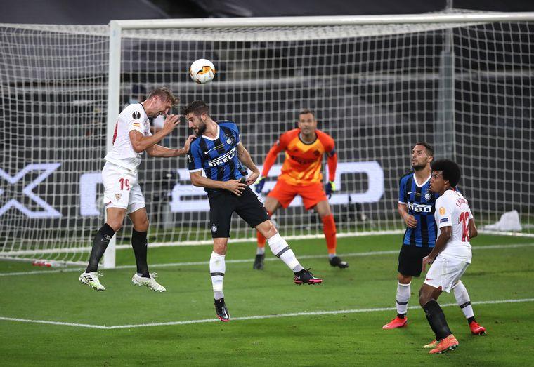 FOTO: Sevilla obtuvo su sexto título de la Europa League.