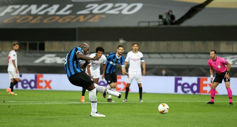 FOTO: Vibrante partido entre el Sevilla y el Inter por la final de la Europa League.