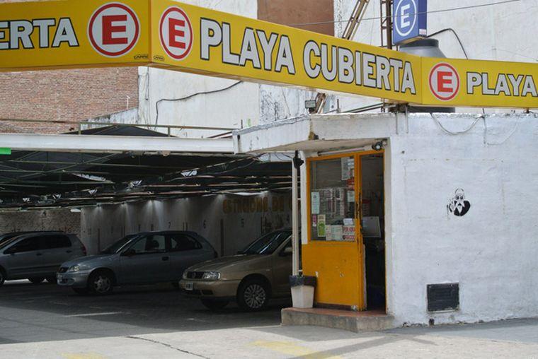FOTO: Los estacionamientos son uno de los tantos sectores afectados por la pandemia.