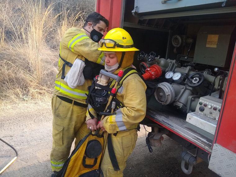 AUDIO: El exitoso trabajo de las bomberas en los incendios de Córdoba