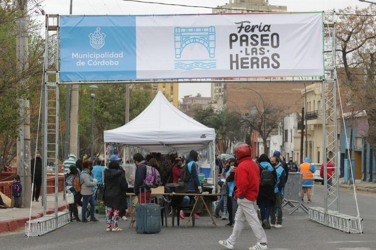 FOTO: Volvió a abrir la feria de parque Las Heras.