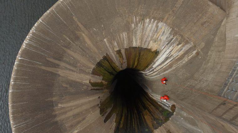 FOTO: Operativo para evaluar daños en el embudo tras la denuncia de vandalismo
