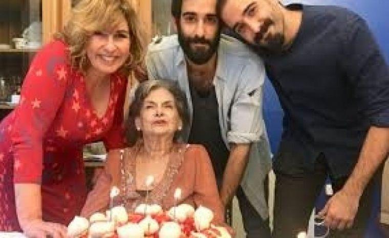 FOTO: Falleció la mamá de Georgina Barbarossa