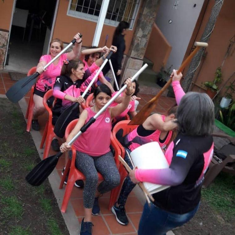 AUDIO: Fundación Amazonas reúne a mujeres con cáncer de mama que practican remo.