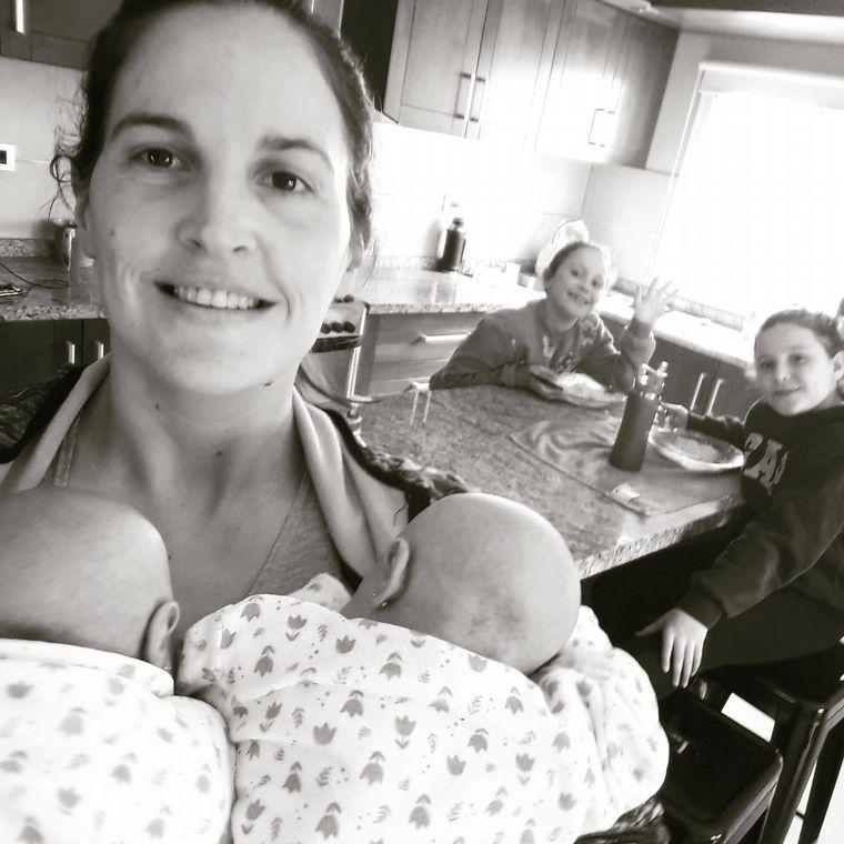 FOTO: Catalina, Lucía, Paulina y Martina son las hijas de Romina y Maximiliano.