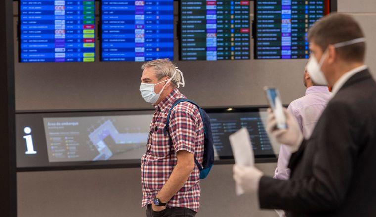 FOTO: Argentina recibirá extranjeros de países limítrofes desde la semana próxima.