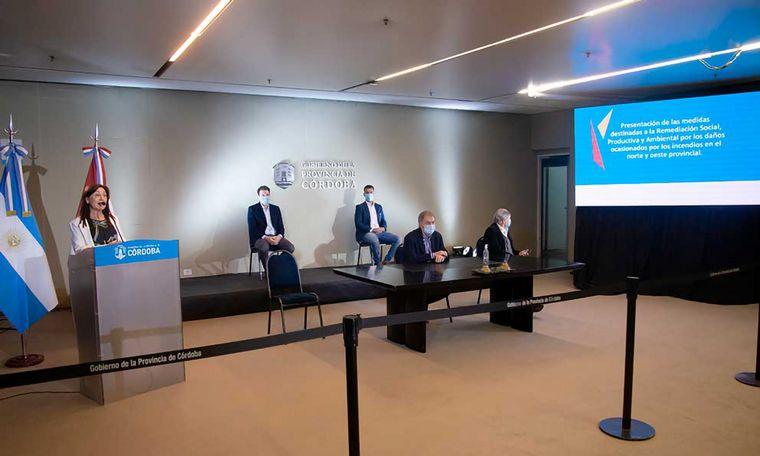 VIDEO: Schiaretti anunció medidas para remediación social y productiva.