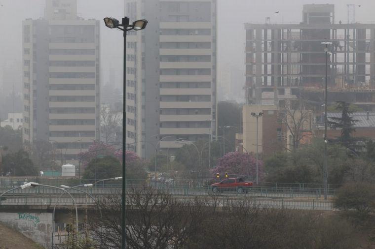 FOTO: Córdoba amaneció con intensos bancos de neblina.