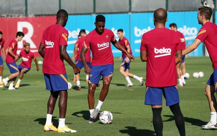 FOTO: Barcelona entrenó sin la presencia de Messi.