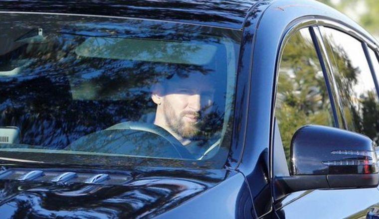 FOTO: Messi, en su incorporación a la pretemporada del Barcelona.