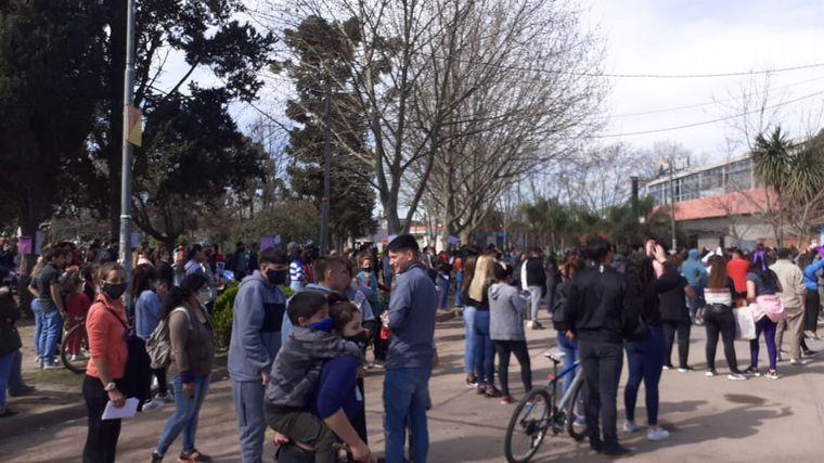 AUDIO: Protesta frente a una comisaría por el femicidio de Ludmila Pretti