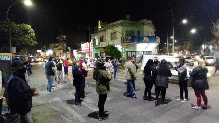 AUDIO: Vecinos de Los Paraísos y San Martín protestaron por la inseguridad en la zona
