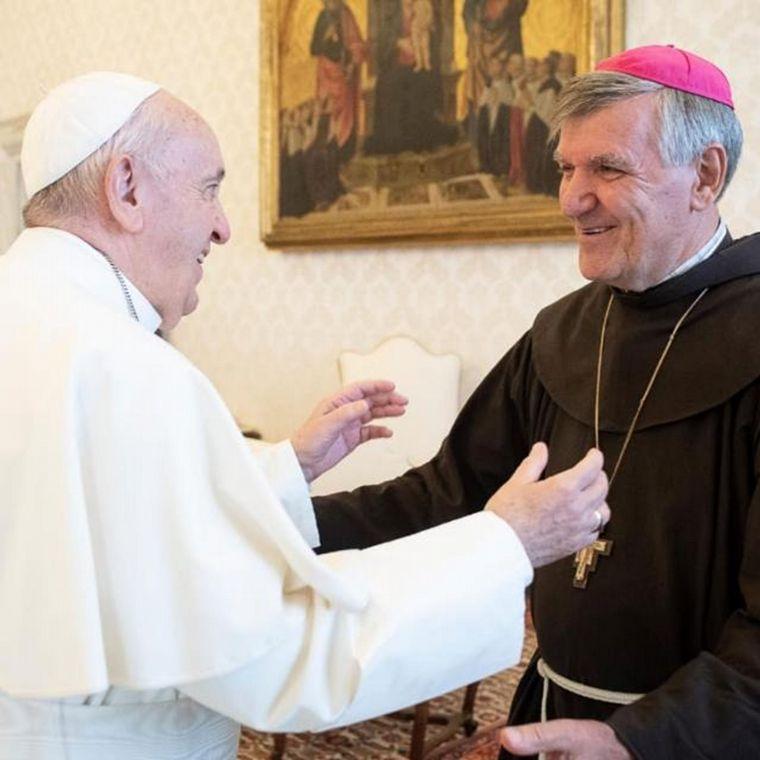 FOTO: El obispo de Orán, Luis Scozzina contrajo coronavirus
