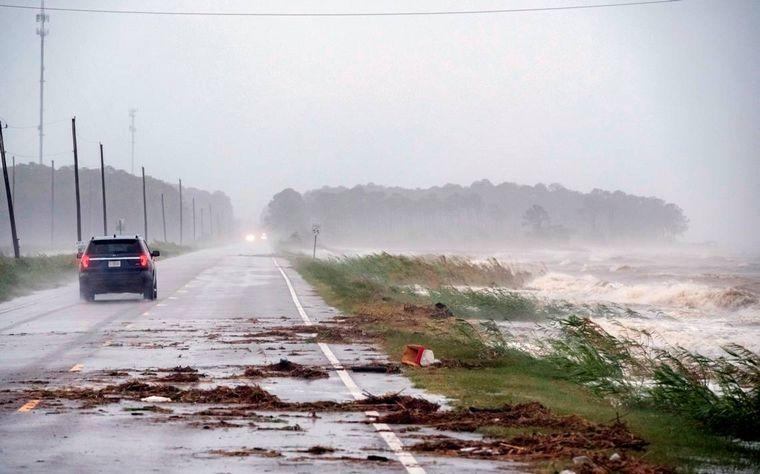 AUDIO: El huracán Sally tocó tierra y esperan inundaciones históricas