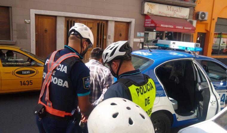 AUDIO: Un delincuente fue detenido por pasajeros de un colectivo