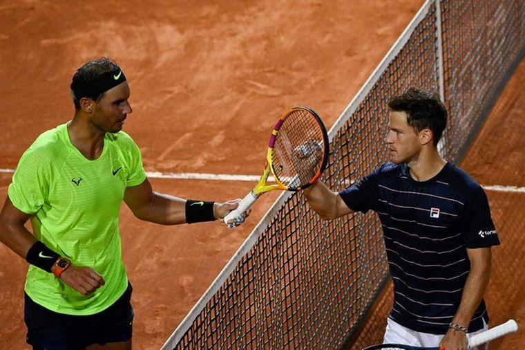FOTO: Tras más de dos horas de juego, Nadal cayó ante el argentino.