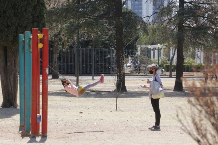 AUDIO: Cierran accesos vehiculares a parques de Córdoba