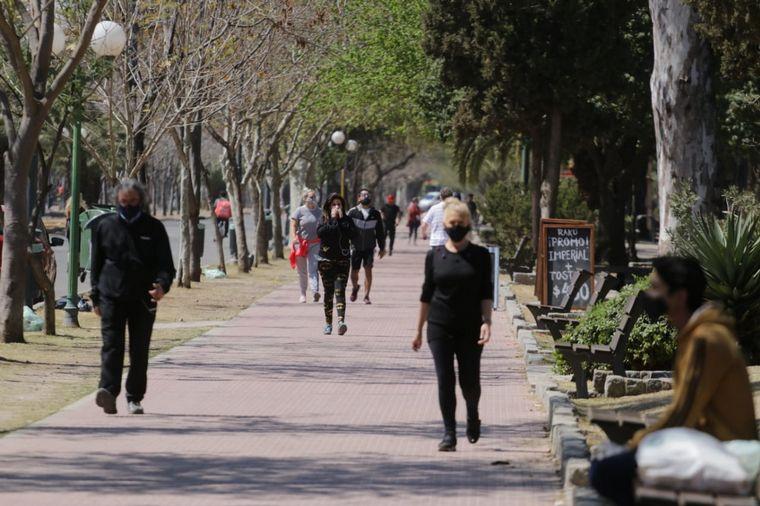 FOTO: Cierran accesos vehiculares a parques de Córdoba