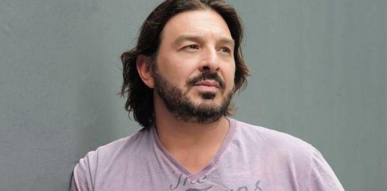 FOTO: El actor pasa la cuarentena en su cabaña en Córdoba.